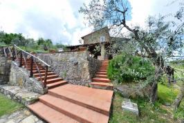 Treppen zum Villa Roberto
