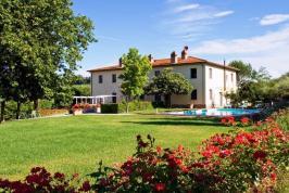 Luxe agriturismo bij San Gimignano, Toscane | Tritt.nl