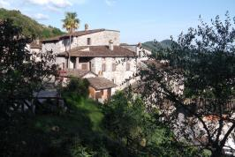 Sfeervolle oude Borgo bij Lucca met appartementen | Tritt.nl