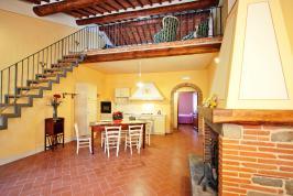 Agriturismo Cortona met 5 appartementen