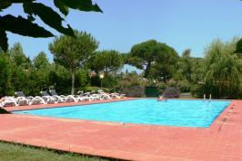 Toskana Ferienwohnungen mit Pool - Residence Livorno in Venturina | Tritt-toskana.de