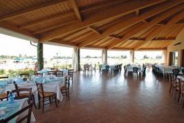 Restaurant met sfeervol terras