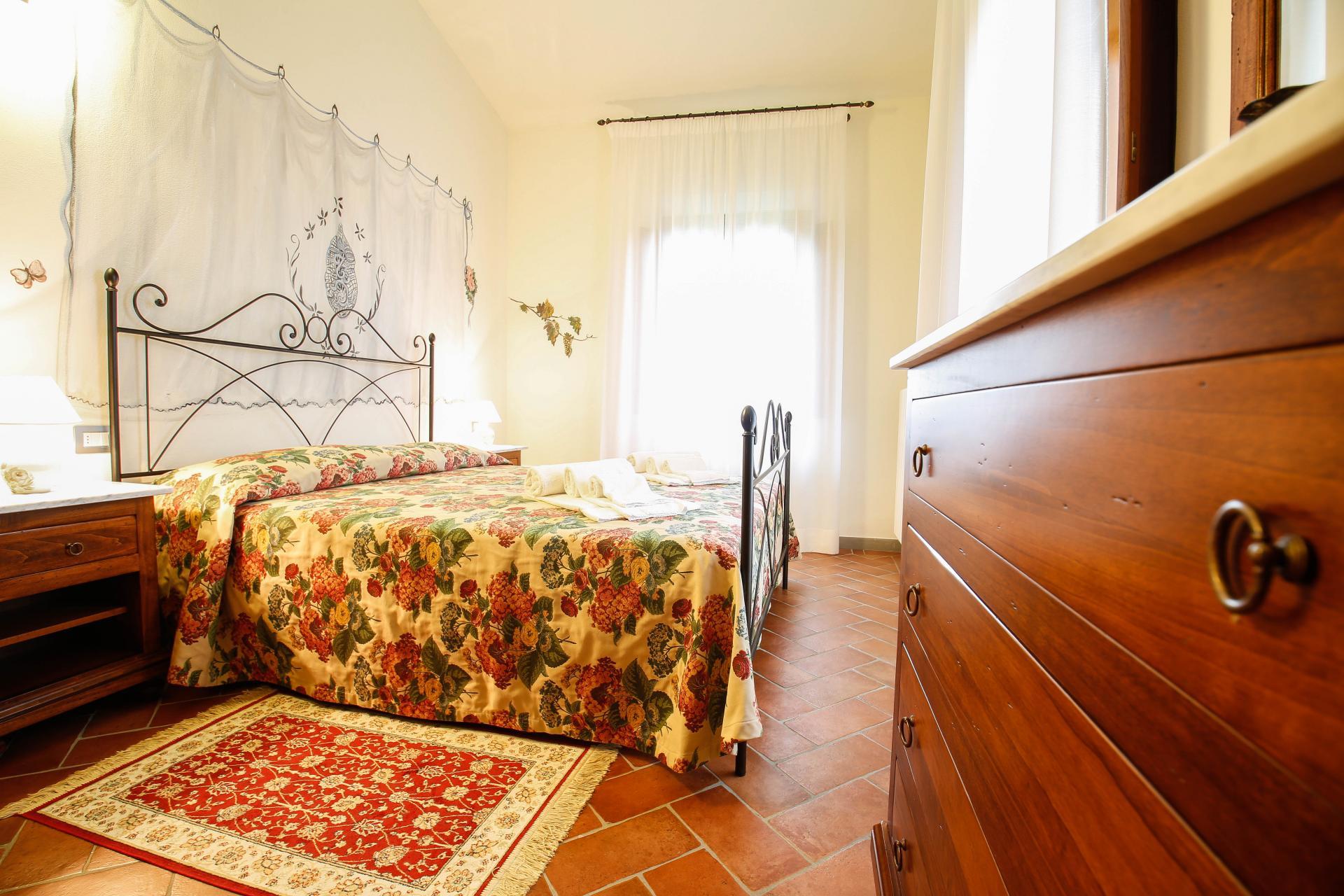 Rustig gelegen mooie appartementen montespertoli midden toscane ...