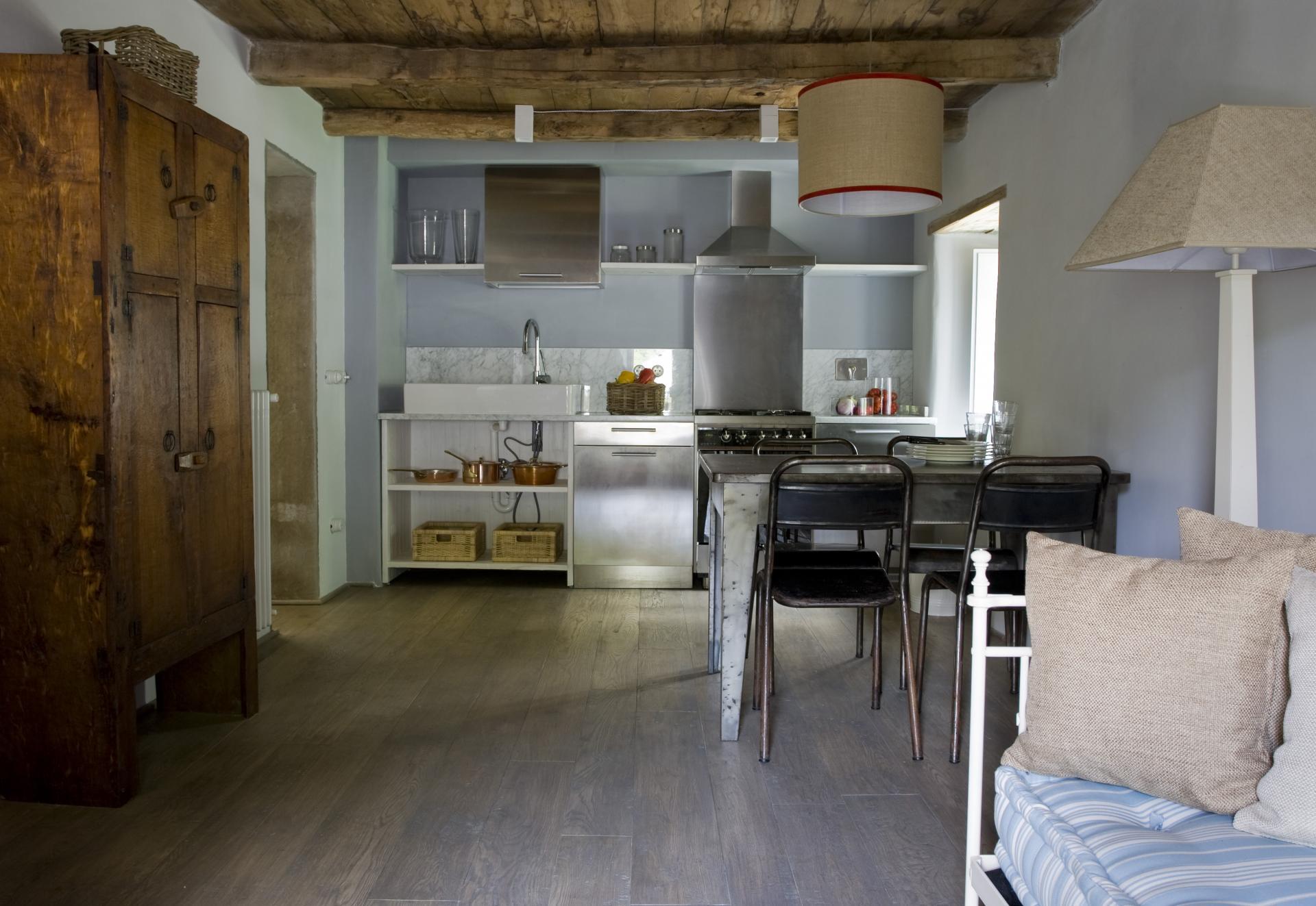 Keuken Met Zithoekje : De appartementen zijn verdeeld over 2 natuurstenen gebouwen. de